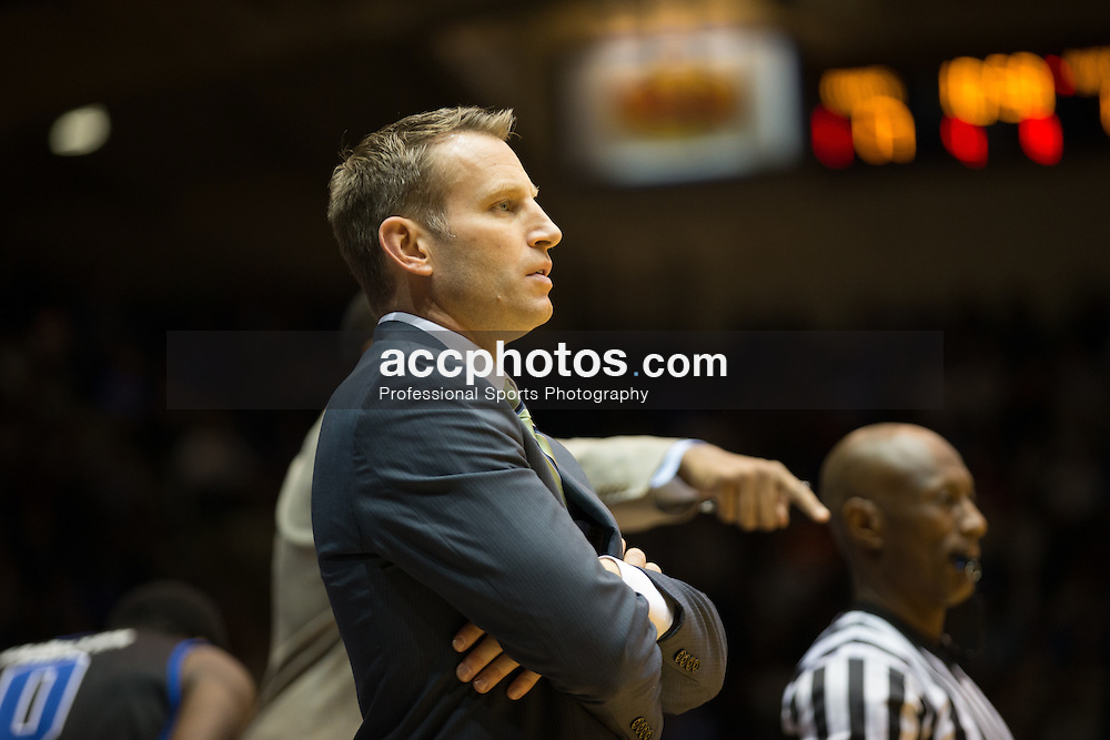 DURHAM, NC - DECEMBER 05: Head coach Nate Oats of the Buffalo Bulls coaches agains the Duke Blue Devils during a 59-82 Duke Blue Devils win on December 05, 2015 at Cameron Indoor Stadium in Durham, North Carolina. (Photo by Peyton Williams/Getty Images) *** Local Caption *** Nate Oats