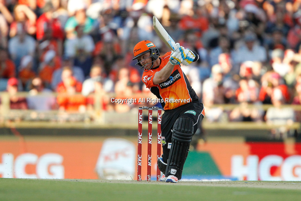 23.12.2016. WACA Ground, Perth, Australia. BBL Cricket League. Perth Scorchers versus Adelaide Strikers. Ian Bell plays a cover drive during his innings.