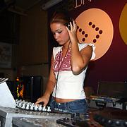 CD uitreiking Froukje de Both Hilversum, Froukje achter de draaitafel