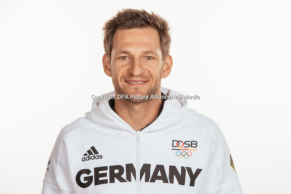 Toni Wilhelm poses at a photocall during the preparations for the Olympic Games in Rio at the Emmich Cambrai Barracks in Hanover, Germany, taken on 20/07/16 | usage worldwide