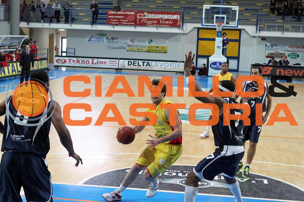 DESCRIZIONE : Frosinone Lega Due 2010-11 Prima Veroli Assigeco BPL Casalpusterlengo<br /> GIOCATORE : Guido Rosselli<br /> SQUADRA : Prima Veroli  <br /> EVENTO : Campionato Lega Due 2010-2011<br /> GARA : Prima Veroli Assigeco BPL Casalpusterlengo<br /> DATA : 27/03/2011<br /> CATEGORIA : penetrazione<br /> SPORT : Pallacanestro<br /> AUTORE : Agenzia Ciamillo-Castoria/A.Ciucci<br /> Galleria : Lega Basket Due 2010-2011<br /> Fotonotizia : Frosinone Lega Due 2010-11 Prima Veroli Assigeco BPL Casalpusterlengo<br /> Predefinita :