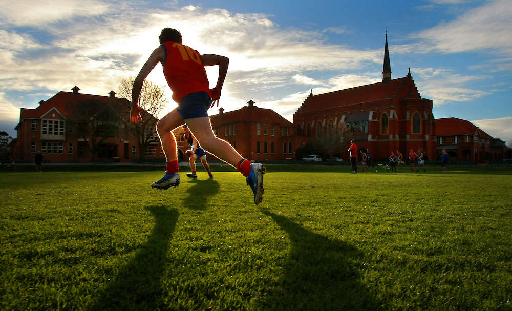Scotch College football team in training for the 150th aniversary match of the first every game of Australian rules football  between Scotch and Melbourne Grammar  Pic By Craig Sillitoe  31/07/2008 SPECIALX 000..150th anniversary match Scotch College and Melbourne Grammar melbourne photographers, commercial photographers, industrial photographers, corporate photographer, architectural photographers, This photograph can be used for non commercial uses with attribution. Credit: Craig Sillitoe Photography / http://www.csillitoe.com<br />