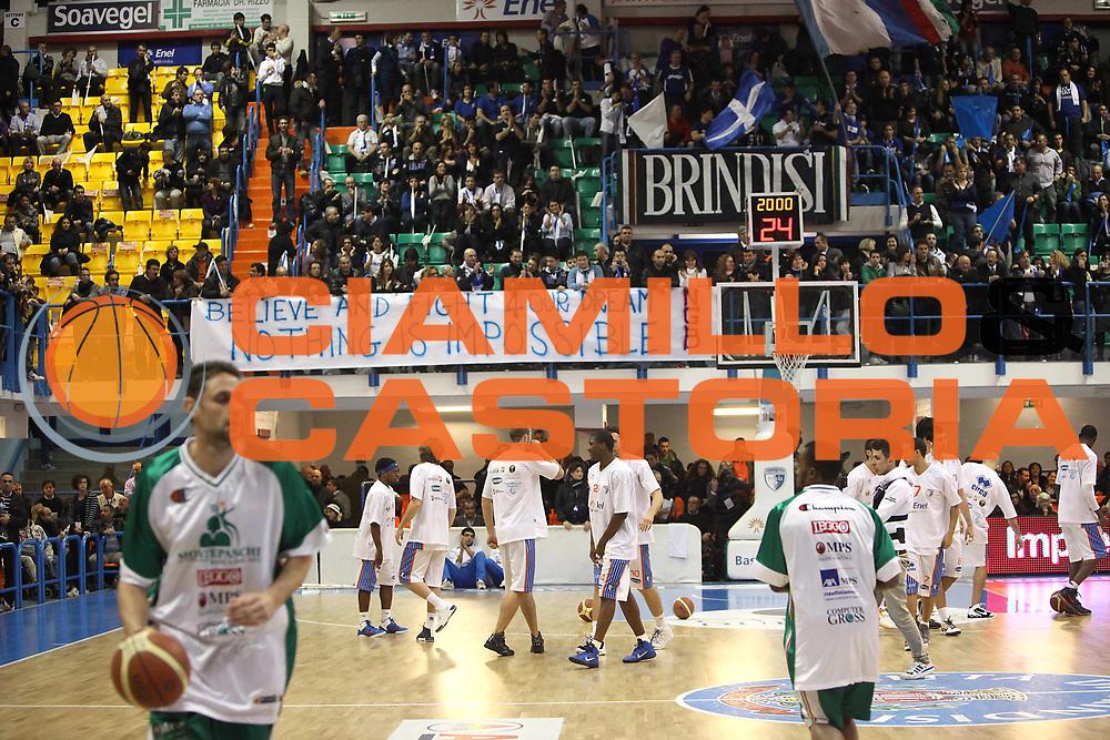 DESCRIZIONE : Brindisi Lega A 2010-11 Enel Brindisi Montepaschi Siena<br /> GIOCATORE : tifosi<br /> SQUADRA : Enel Brindisi<br /> EVENTO : Campionato Lega A 2010-2011<br /> GARA : Enel Brindisi Montepaschi Siena<br /> DATA : 12/12/2010<br /> CATEGORIA : curva tifosi striscioni<br /> SPORT : Pallacanestro<br /> AUTORE : Agenzia Ciamillo-Castoria/C.De Massis<br /> Galleria : Lega Basket A 2010-2011<br /> Fotonotizia : Brindisi Lega A 2010-11 Enel Brindisi Montepaschi Siena<br /> Predefinita :
