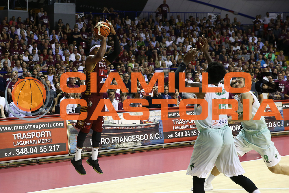 McGee<br /> Umana Reyer Venezia vs Sidigas Avellino<br /> Lega Basket Serie A 2016/2017<br /> Play Off SemiFinali Gara 1<br /> Venezia,26/05/2017<br /> Foto Ciamillo-Castoria/A. Gilardi