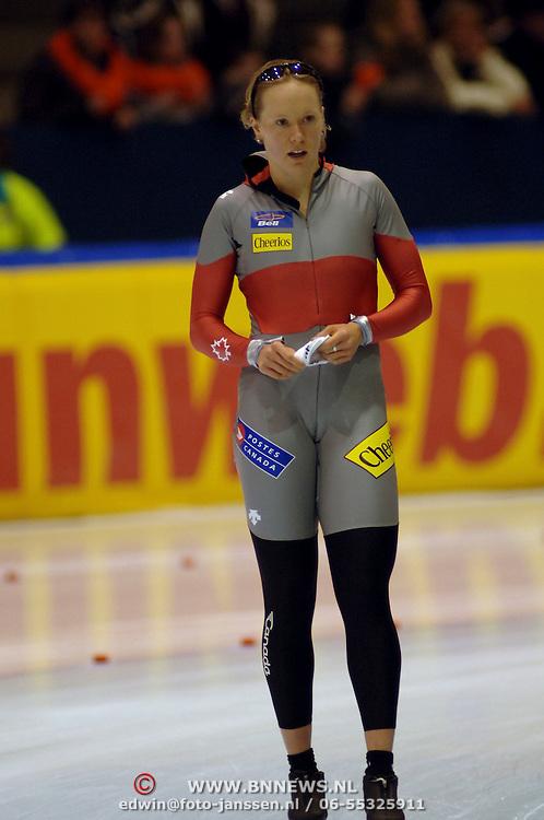 NLD/Heerenveen/20051204 - World Cup schaatsen 2005,  Kristina Groves