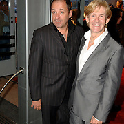 NLD/Rotterdam/20060923 - Premiere Willeke Alberti tour `Goud `, Addy van den Krommenacker en partner Bas
