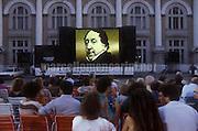 Pesaro, Rossini Opera Festival about 1985. Big screen in Piazza del Popolo / Pesaro, Rossini Opera Festival 1985 circa. Maxi schermo in Piazza del popolo