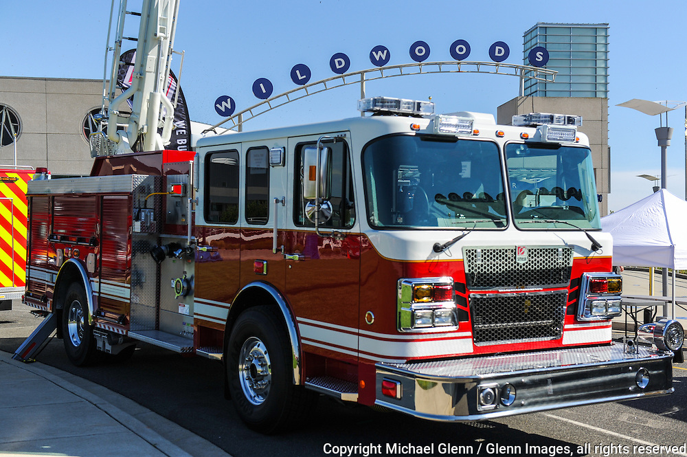 17 Sep 2015 Wildwood, New Jersey United States of America // The NJ State Firefighters Convention at the Wildwood Convention Center  Michael Glenn  /   Glenn Images