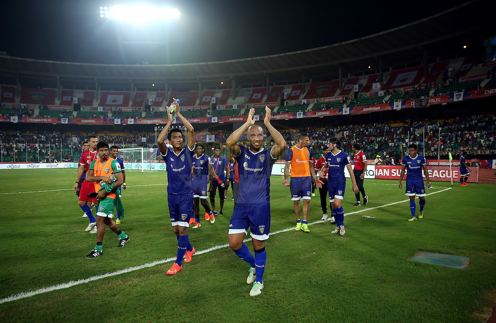 Chennaiyin FC players waves towards the crowd after winning the match 15 of the Hero Indian Super League between Chennaiyin FC and Mumbai City FC held at the Jawaharlal Nehru Stadium, Chennai, India on the 28th October 2014.<br /> <br /> Photo by:  Sandeep Shetty/ ISL/ SPORTZPICS