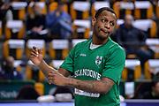 DESCRIZIONE : Beko Legabasket Serie A 2015- 2016 Dinamo Banco di Sardegna Sassari - Sidigas Scandone Avellino<br /> GIOCATORE : James Nunnally<br /> CATEGORIA : Riscaldamento Before Pregame<br /> SQUADRA : Sidigas Scandone Avellino<br /> EVENTO : Beko Legabasket Serie A 2015-2016<br /> GARA : Dinamo Banco di Sardegna Sassari - Sidigas Scandone Avellino<br /> DATA : 28/02/2016<br /> SPORT : Pallacanestro <br /> AUTORE : Agenzia Ciamillo-Castoria/L.Canu