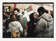 Firenze, European Social Forum, novembre 2002. Treno per la manifestazione contro la base NATO di Camp Derby presso Pisa.