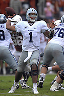 September 29, 2007 - Austin, TX..Quarterback Josh Freeman of the Kansas State Wildcats looks to pass in the second half against the Texas Longhorns, during a NCAA football game at Darrell Royal-Texas Memorial Stadium on September 29, 2007...FBC:  The Wildcats defeated the Longhorn 41-21.  .Photo by Peter G. Aiken/Cal Sport Media