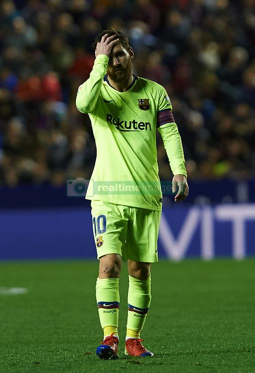 صور مباراة : ليفانتي - برشلونة 0-5 ( 16-12-2018 )  20181216-zaa-a181-013