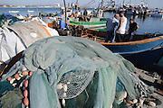 Hafen, Fischer, Netze, Akko, Israel.|.harbour, fisher men, nets, Akko, Israel.