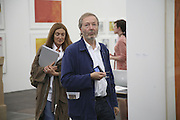 Trisha and Terry Jones, The Professional View and Private View of Frieze Art Fair. London. 11 october 2006. -DO NOT ARCHIVE-© Copyright Photograph by Dafydd Jones 66 Stockwell Park Rd. London SW9 0DA Tel 020 7733 0108 www.dafjones.com