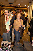 Angela Jackson and Tanya Franks ( The Bill) . H&M Flagship Store launch. at 17-21 Brompton Road, Knightsbridge. London. SW1. 23  March 2005. ONE TIME USE ONLY - DO NOT ARCHIVE  © Copyright Photograph by Dafydd Jones 66 Stockwell Park Rd. London SW9 0DA Tel 020 7733 0108 www.dafjones.com
