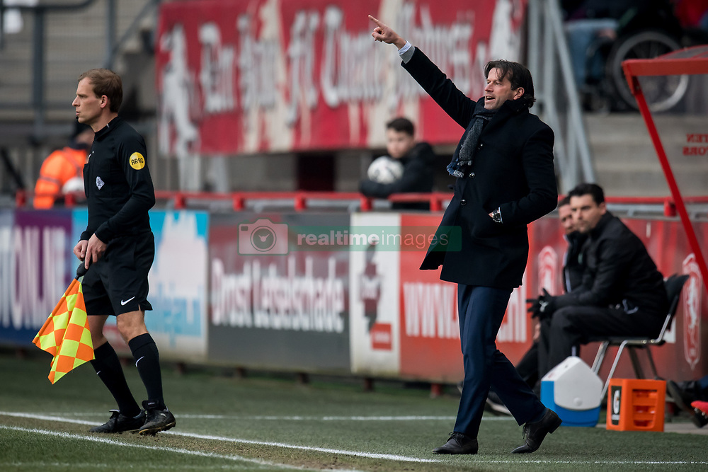 coach Ernest Faber of FC Groningen during the Dutch Eredivisie match between FC Twente Enschede and FC Groningen at the Grolsch Veste on March 04, 2018 in Enschede, The Netherlands