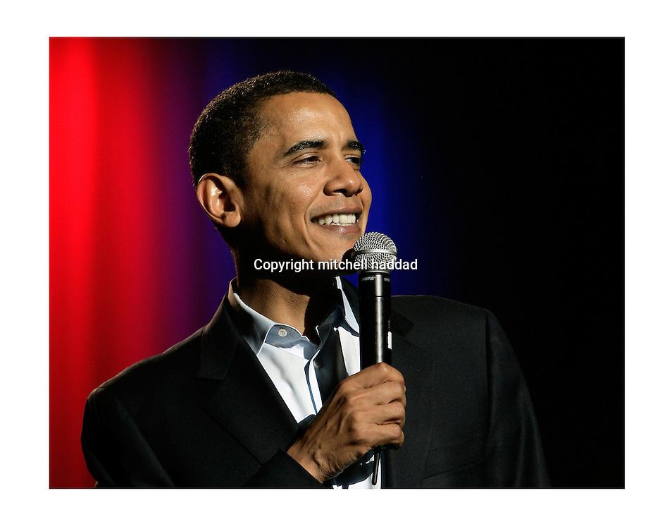 barack obama at 2007 democratic rally. gibson amphitheatre