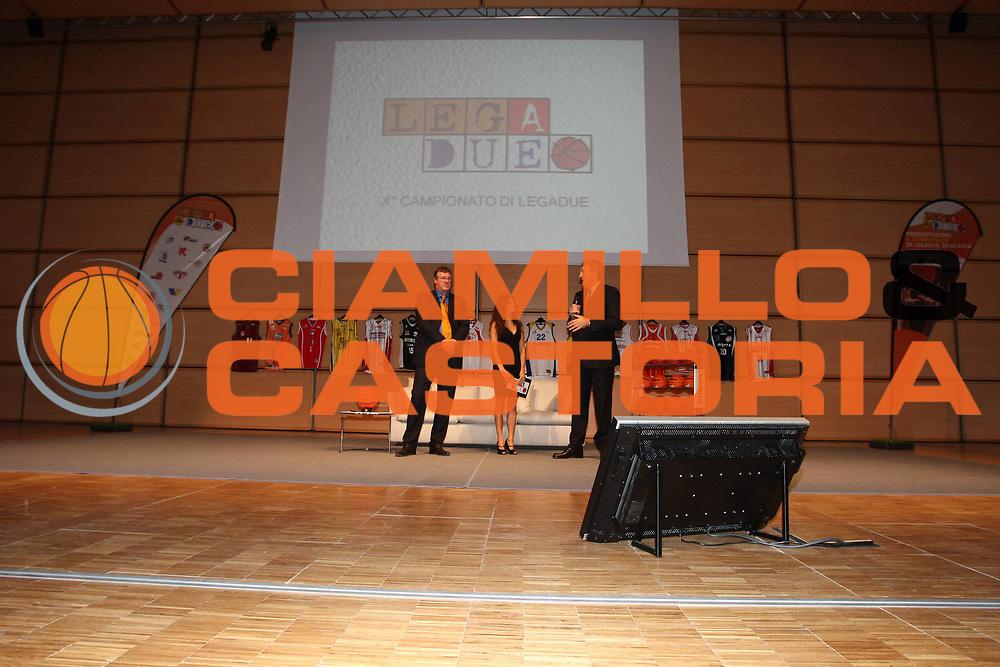 DESCRIZIONE : Milano Sede Sole 24 Ore LegaDue Lega A2 2010-11 Presentazione Campionato<br /> GIOCATORE : Angela Tuccia Marco Bonamico Dino Meneghin<br /> SQUADRA : <br /> EVENTO : Campionato LegaDue Lega A2 2010-2011 <br /> GARA : <br /> DATA : 23/09/2010 <br /> CATEGORIA : <br /> SPORT : Pallacanestro <br /> AUTORE : Agenzia Ciamillo-Castoria/GiulioCiamillo<br /> Galleria : Lega Basket A2 2010-2011 <br /> Fotonotizia : Milano Sede Sole 24 Ore Campionato Italiano LegaDue Lega A2 2010-2011 Presentazione Campionato<br /> Predefinita :