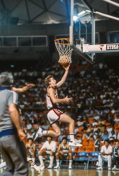 CARACAS, VENEZUELA -  AUGUST 1983:  Mark Price #10 of the USA drives to the basket in a game against Mexico during the 1983 Pan Am Games basketball tournament in a game during August 1983 in Caracas, Venezuela.  The USA team was the gold medalist in the event. (Photo by David Madison/Getty Images) *** Local Caption *** Mark Price