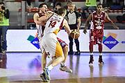 DESCRIZIONE : Campionato 2014/15 Virtus Acea Roma - Giorgio Tesi Group Pistoia<br /> GIOCATORE : Maxime De Zeeuw Valerio Amoroso<br /> CATEGORIA : Palleggio Penetrazione Controcampo Fallo<br /> SQUADRA : Virtus Acea Roma<br /> EVENTO : LegaBasket Serie A Beko 2014/2015<br /> GARA : Dinamo Banco di Sardegna Sassari - Giorgio Tesi Group Pistoia<br /> DATA : 22/03/2015<br /> SPORT : Pallacanestro <br /> AUTORE : Agenzia Ciamillo-Castoria/GiulioCiamillo<br /> Predefinita :