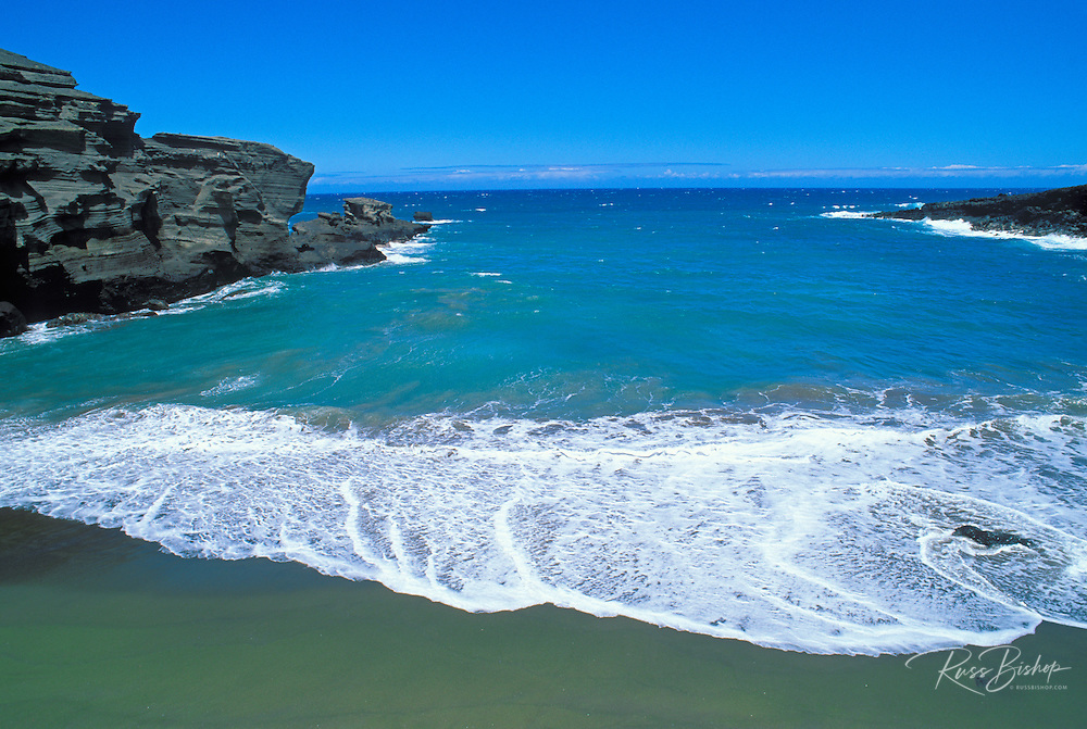 Blue Pacific waters at Green Sand Beach near South Point, The Big Island, Hawaii
