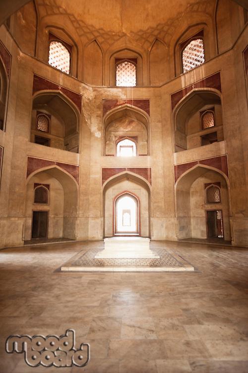 Main tomb chamber, Humayun's tomb, UNESCO World Heritage Site, New Delhi, India