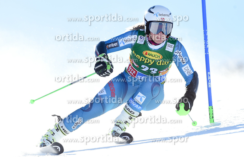 22.10.2016, Rettenbachferner, Soelden, AUT, FIS Weltcup Ski Alpin, Soelden, Riesenslalom, Damen, 1. Durchgang, im Bild Ragnhild Mowinckel of Norway // in action during 1st run of ladies Giant Slalom of the FIS Ski Alpine Worldcup opening at the Rettenbachferner in Soelden, Austria on 2016/10/22. EXPA Pictures © 2016, PhotoCredit: EXPA/ Erich Spiess