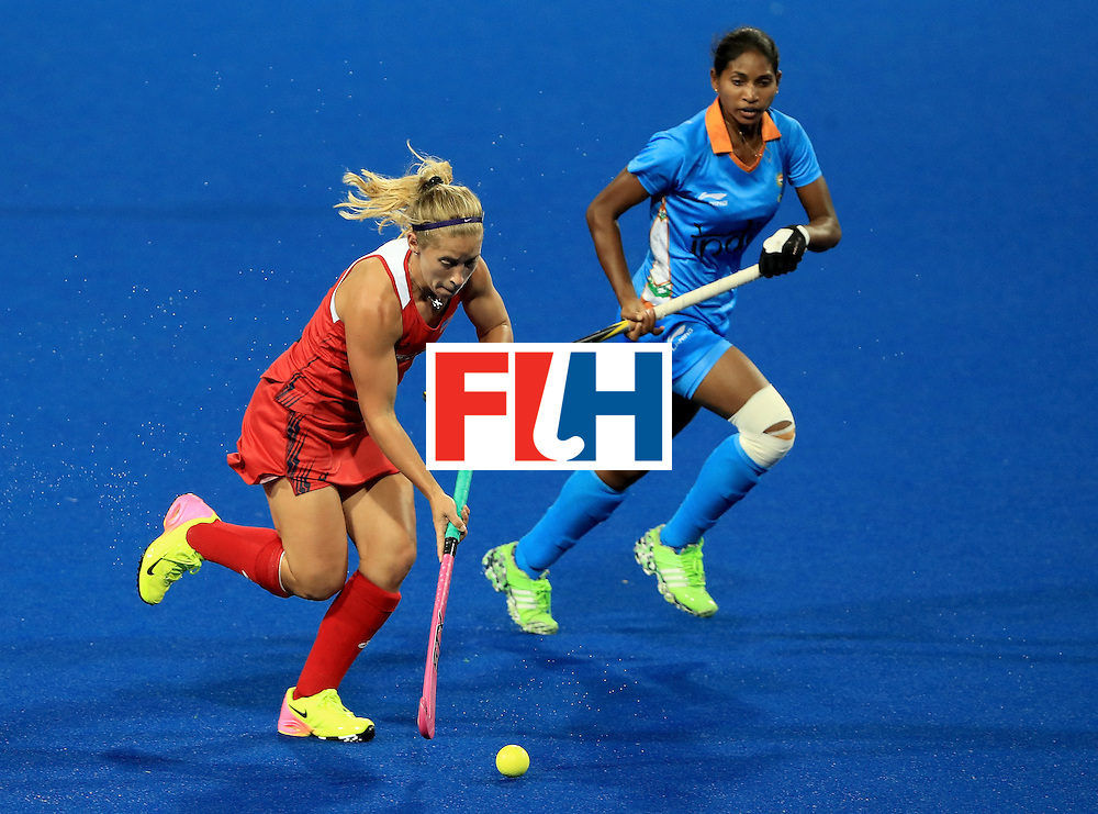 RIO DE JANEIRO, BRAZIL - AUGUST 11:  Katie Bam #16 of the United States controls the ball during a Women's Preliminary Pool B match against India at the Olympic Hockey Centre on August 11, 2016 in Rio de Janeiro, Brazil.  (Photo by Sam Greenwood/Getty Images)