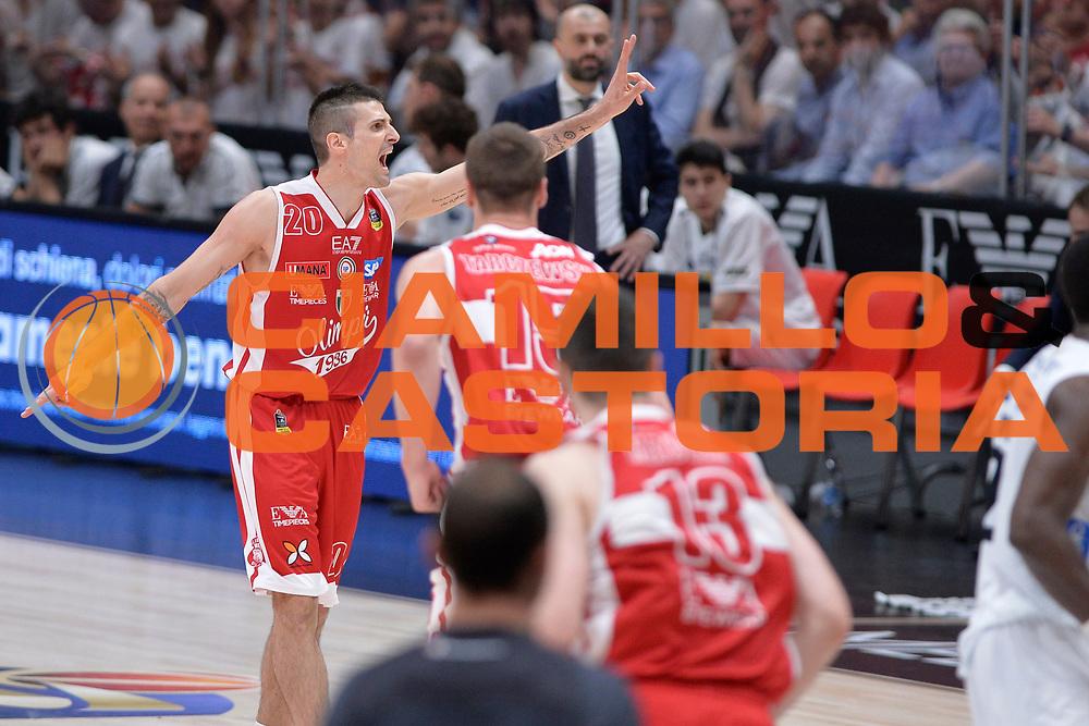 Cinciarini Andrea<br /> EA7 Emporio Armani Olimpia Milano - Dolomiti Energia Aquila Basket Trento<br /> Lega Basket Serie A, Semifinali Playoff 2016/2017<br /> Milano, 25/05/2017<br /> Foto Ciamillo-Castoria