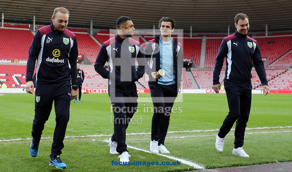 Joey Barton (2nd r) of Burnley prior to the third round of the FA Cup at the Stadium Of Light, Sunderland<br /> Picture by Simon Moore/Focus Images Ltd 07807 671782<br /> 07/01/2017
