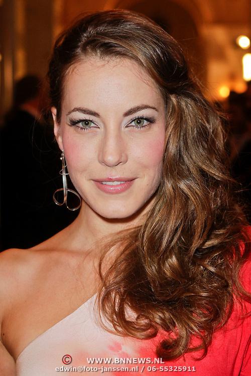 NLD/Amsterdam/20111124 - Beau Monde Awards 2011, Sanne de Regt