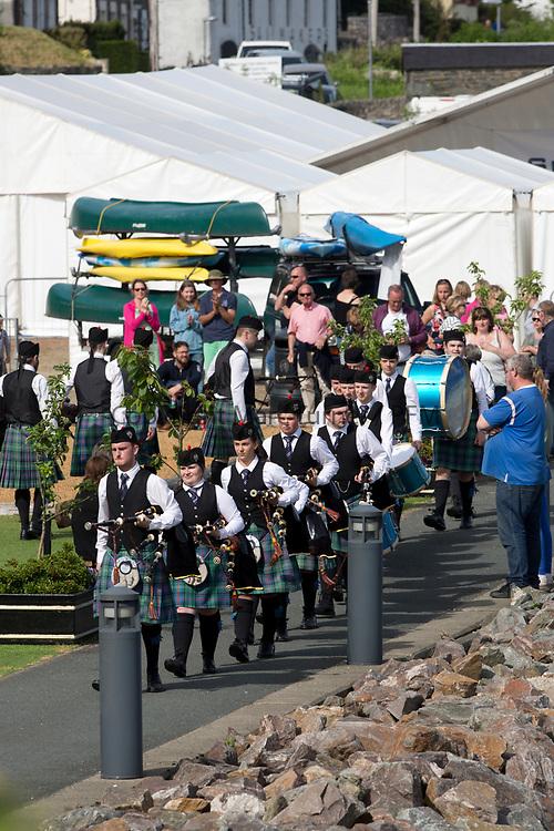 Silvers Marine Scottish Series 2017<br /> Tarbert Loch Fyne - Sailing<br /> <br /> Tarbert Harbour Pipe Band<br /> <br /> Credit: Marc Turner / CCC