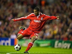 LIVERPOOL, ENGLAND - Wednesday, September 16, 2009: Liverpool's Ryan Babel in action against Debreceni during the UEFA Champions League Group E match at Anfield. (Photo by David Rawcliffe/Propaganda)