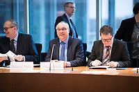 DEU, Deutschland, Germany, Berlin, 31.01.2018: Jens Maier (MdB, Alternative für Deutschland, AfD) vor der konstituierenden Sitzung des Rechtsausschusses im Deutschen Bundestag.