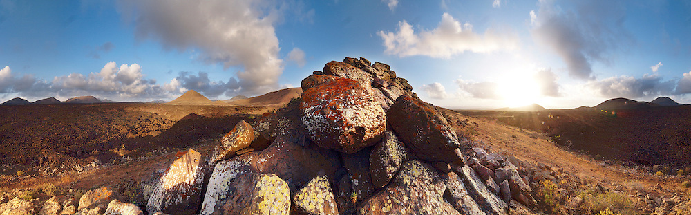 Volcanic landscape on the Island of Lanzarote, Canaries Islands, Spain.