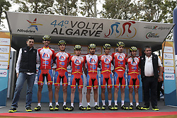 February 14, 2018 - Lagos, Portugal - LA Aluminios before the 1st stage of the cycling Tour of Algarve between Albufeira and Lagos, on February 14, 2018. (Credit Image: © Str/NurPhoto via ZUMA Press)