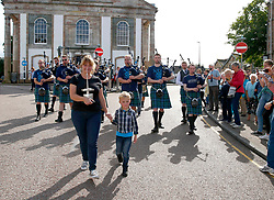 An impromptu parade down Inveraray Main Street by some of the members of the newly crowned World Champions, Inveraray and District Pipe Band..... (c) Stephen Lawson | Edinburgh Elite media