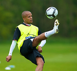 CARDIFF, WALES - Wednesday, May 19, 2010: Wales' Robert Earnshaw during a training session at the Vale of Glamorgan Hotel ahead of the International Friendly match against Croatia. (Pic by David Rawcliffe/Propaganda)