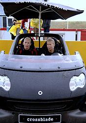 20-08-2006 VOLLEYBAL: NK BEACHVOLLEYBAL: SCHEVENINGEN<br /> Mered de Vries en Patricia Labee - smart<br /> &copy;2006-WWW.FOTOHOOGENDOORN.NL