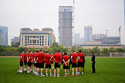 NANNING, CHINA - Sunday, March 25, 2018: Wales' new manager Ryan Giggs speaks to his players before a training session at the Guangxi Sports Centre ahead of the 2018 Gree China Cup International Football Championship final match against Uruguay. (Pic by David Rawcliffe/Propaganda)