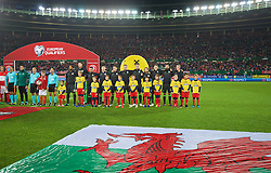 VIENNA, AUSTRIA - Thursday, October 6, 2016: Wales players line-up before the 2018 FIFA World Cup Qualifying Group D match against Austria at the Ernst-Happel-Stadion. L-R: captain Ashley Williams, goalkeeper Wayne Hennessey, Neil Taylor, Ben Davies, James Chester, Andy King, Sam Vokes, Joe Allen, Chris Gunter, Joe Ledley, Gareth Bale. (Pic by David Rawcliffe/Propaganda)