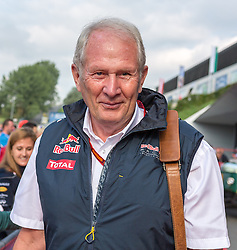 02.07.2016, Red Bull Ring, Spielberg, AUT, FIA, Formel 1, Roter Teppich, im Bild Dr. Helmut Marko (AUT) Red Bull Racing // Red Bull Racing Motorsport Consultant Dr. Helmut Marko (AUT) during the red carpet of at the Red Bull Ring in Spielberg, Austria, 2016/07/02, EXPA Pictures © 2016, PhotoCredit: EXPA/ Dominik Angerer