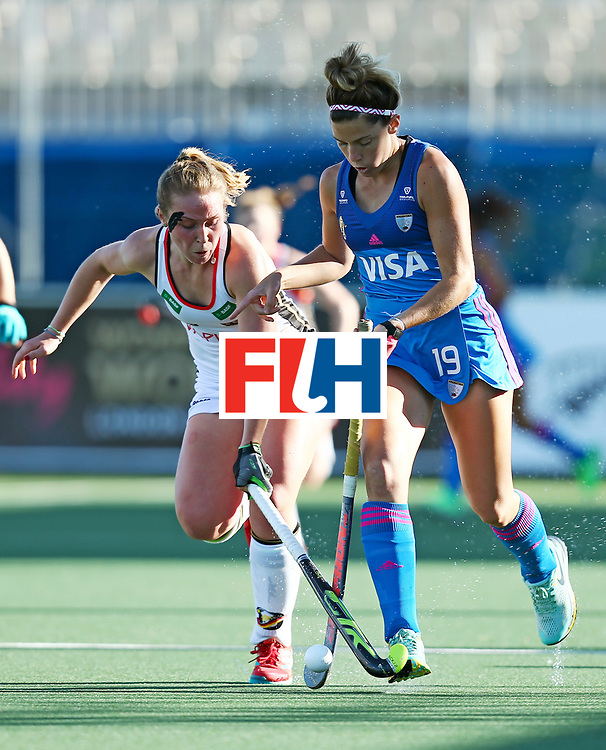 New Zealand, Auckland - 21/11/17  <br /> Sentinel Homes Women&rsquo;s Hockey World League Final<br /> Harbour Hockey Stadium<br /> Copyrigth: Worldsportpics, Rodrigo Jaramillo<br /> Match ID: 10301 - GER vs ARG<br /> Photo: (19) ALBERTARIO Agustina against (4) LORENZ Nike