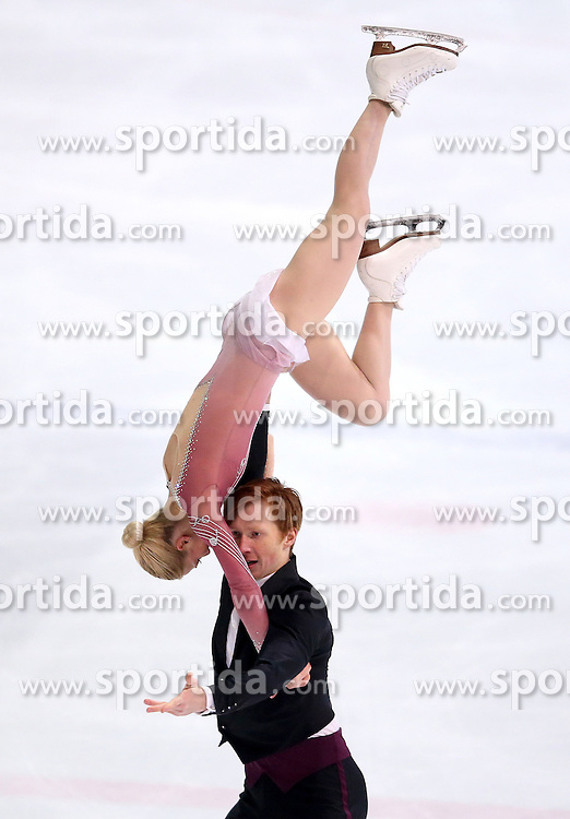 04.12.2015, Dom Sportova, Zagreb, CRO, ISU, Golden Spin of Zagreb, freies Programm, Paare, im Bild Evgenia Tarasova - Vladimir Morozov, Russia. // during the 48th Golden Spin of Zagreb 2015 doubles Free Program of ISU at the Dom Sportova in Zagreb, Croatia on 2015/12/04. EXPA Pictures &copy; 2015, PhotoCredit: EXPA/ Pixsell/ Igor Kralj<br /> <br /> *****ATTENTION - for AUT, SLO, SUI, SWE, ITA, FRA only*****