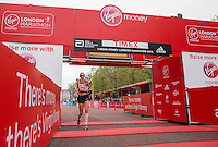 Paula Radcliffe completing her last marathon in The Virgin Money London Marathon, Sunday 26th April 2015.<br /> <br /> Scott Heavey for Virgin Money London Marathon<br /> <br /> For more information please contact Penny Dain at pennyd@london-marathon.co.uk
