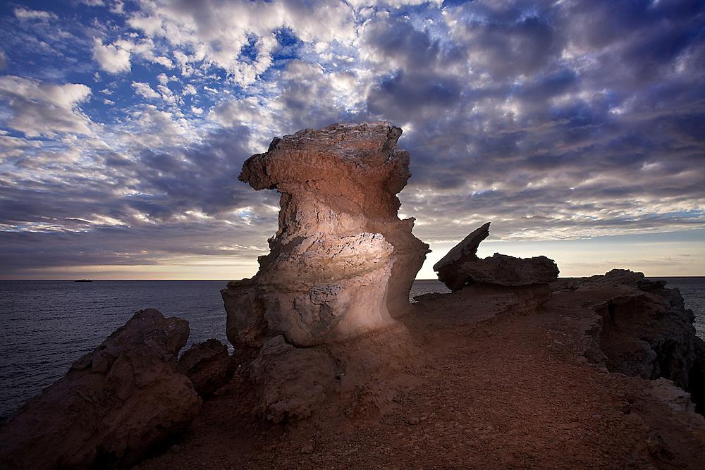 09/Noviembre/2013 Islas Baleares. Ibiza.<br /> Amanecer en Cap Martinet.<br /> <br /> &copy;&nbsp;JOAN COSTA