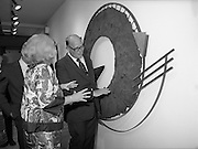 24/08/1984<br /> 08/24/1984<br /> 24 August 1984<br /> Opening of ROSC '84 at the Guinness Store House, Dublin. Mrs Maeve Hillery and Lord Iveagh discuss the merits of one of the pieces at the art exhibition.