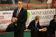 DESCRIZIONE : Pistoia Lega serie A 2013/14  Giorgio Tesi Group Pistoia Pesaro<br /> GIOCATORE : paolo moretti<br /> CATEGORIA : delusione<br /> SQUADRA : Pesaro Basket<br /> EVENTO : Campionato Lega Serie A 2013-2014<br /> GARA : Giorgio Tesi Group Pistoia Pesaro Basket<br /> DATA : 24/11/2013<br /> SPORT : Pallacanestro<br /> AUTORE : Agenzia Ciamillo-Castoria/M.Greco<br /> Galleria : Lega Seria A 2013-2014<br /> Fotonotizia : Pistoia  Lega serie A 2013/14 Giorgio  Tesi Group Pistoia Pesaro Basket<br /> Predefinita :