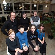 Dévoilement des 5 récipiendaires des bourse pour tracailleurs autonomes  à la résidence ECTO. -  880 rue Roy Est, suite 300 / Montreal / Canada / 2010-11-16, © Photo Marc Gibert/ adecom.ca